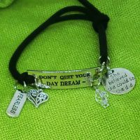 FEARLESS – Don't Quit Your Day Dream – WORDS Bracelet w adjustable band