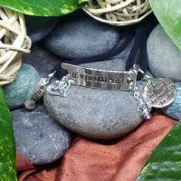 BRAVE – Be Your Own Hero – WORDS Bracelet w adjustable band
